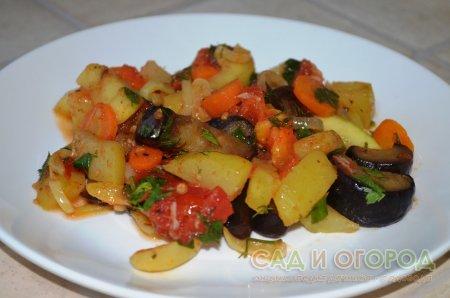 Овощное соте баклажанами рецепт фото